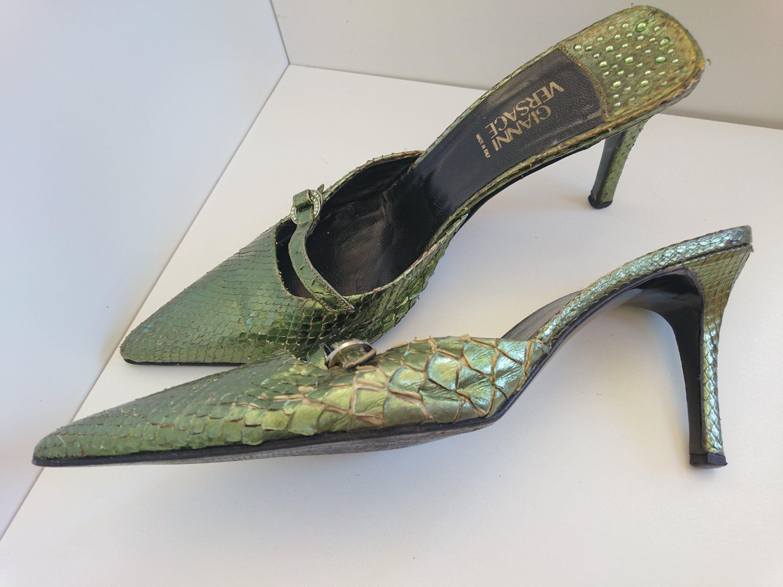Gianni Versace Woman S Vintage Shoes Size 39 Italy Etsy Vintage Shoes Vintage Shoes Women Shoes