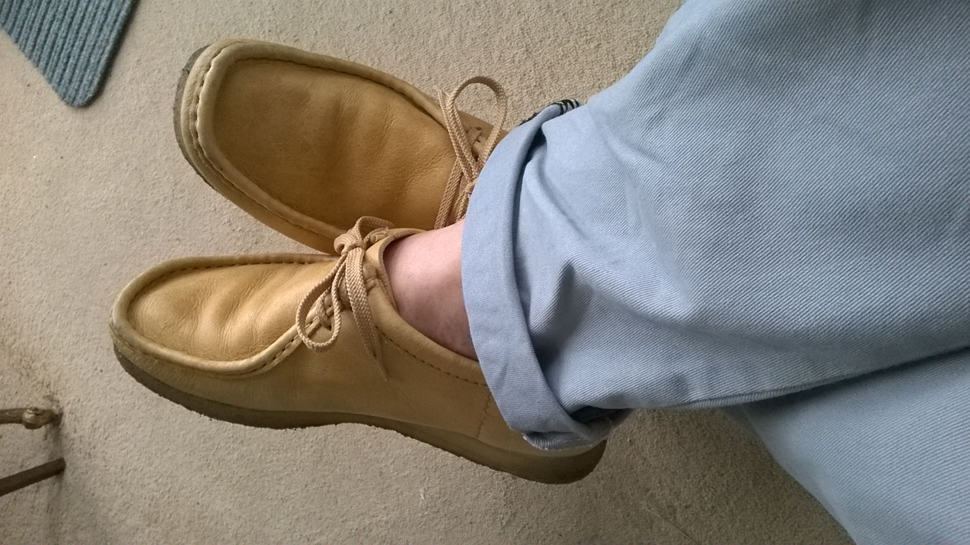 cc72e0e4786 Vintage Clarks wallabees sand leather.   wallabees in 2019   Shoes ...
