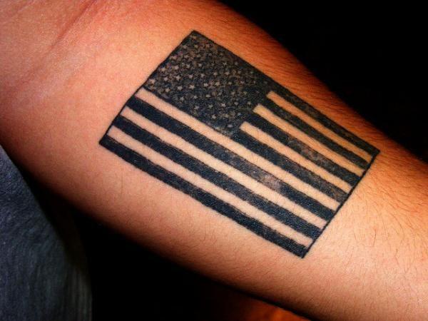 25 Smashing American Flag Tattoos Slodive Flag Tattoo American Flag Tattoo Tattoos