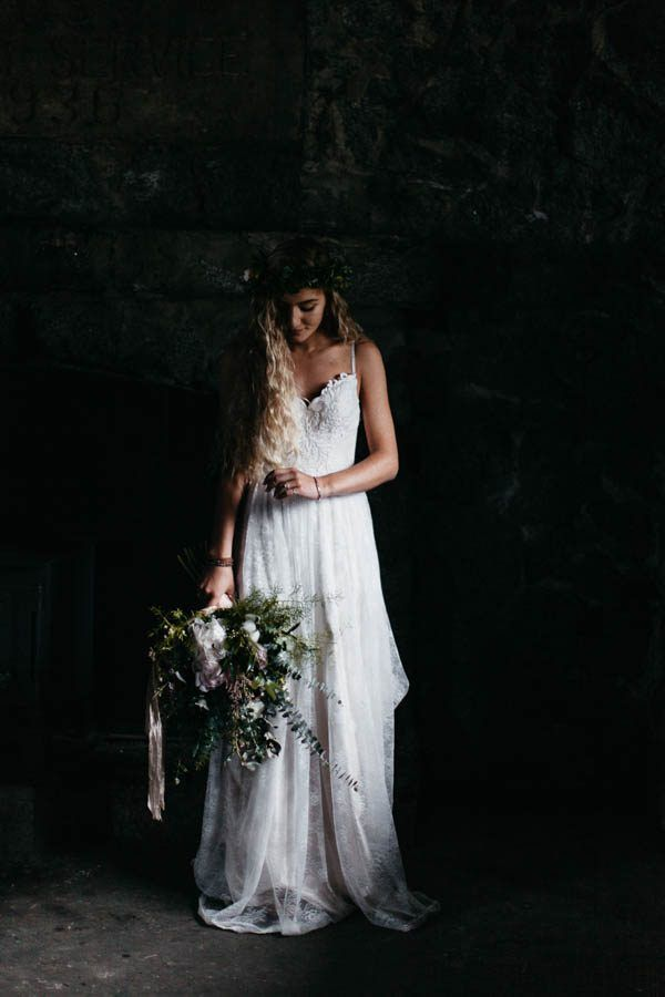 Ethereal bride and bouquet of white   Image by Joel Allegretto
