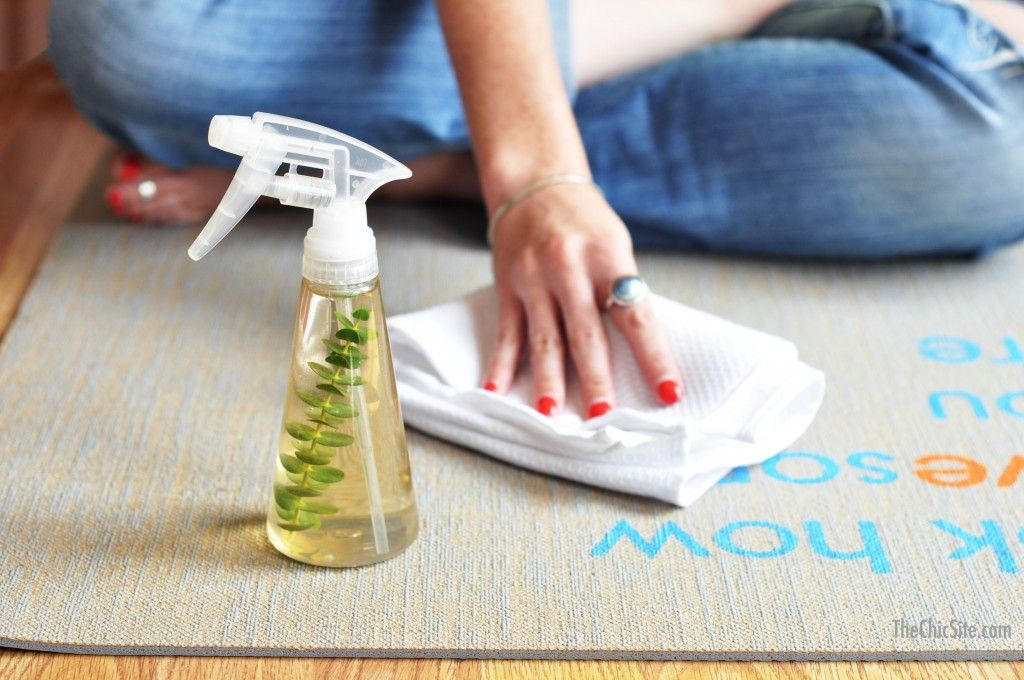 homemade yoga mat cleaner oily fun yoga mat cleaner yoga yoga accessories. Black Bedroom Furniture Sets. Home Design Ideas