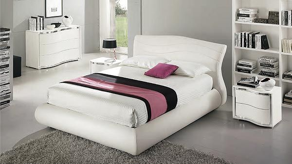 Saber Camere Da Letto.Pin Su Above And Around The Bed