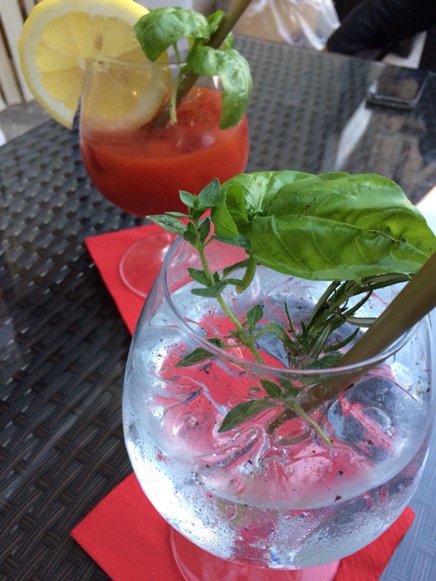 Bloody Mary e Gin Tonic rigorosamente con Gin Mare.....