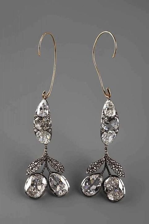 The Diamond Earrings belonged to Catherine II (1762-1796), shaped of the cherries set with diamonds. These were traditionally worn by all Romanov brides along with the Romanov nuptial crown and another whopper tiara.
