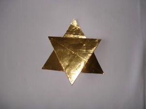 Basteln Mit Goldfolie Weihnachten.Weihnachtssterne Basteln Gefaltete Sterne Aus Silber Und