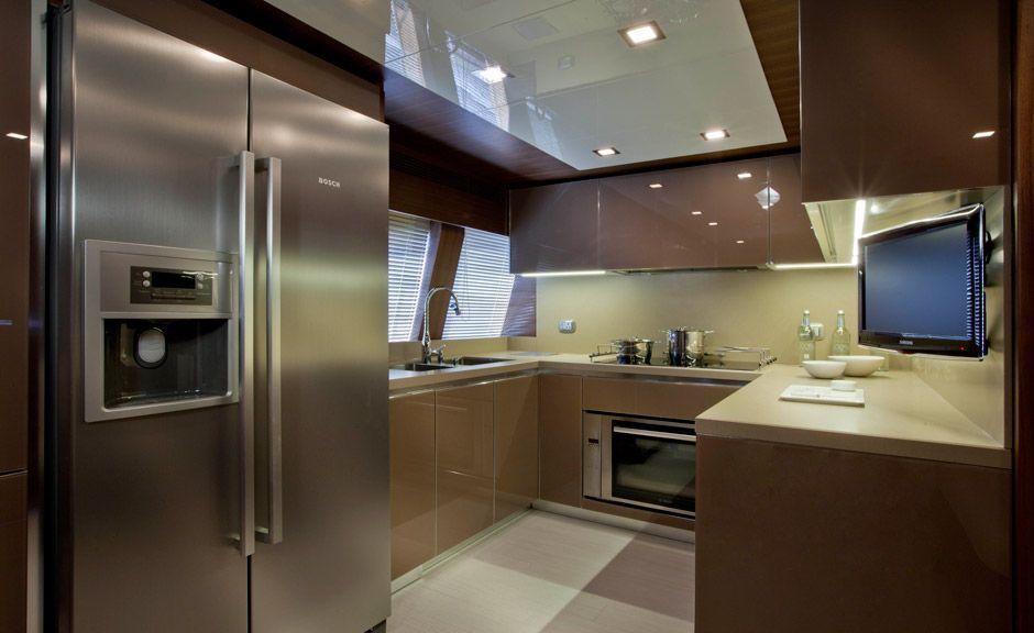 Diseno de cocina dise os de cocinas de yates tambi n for Cocinas integrales ferreti