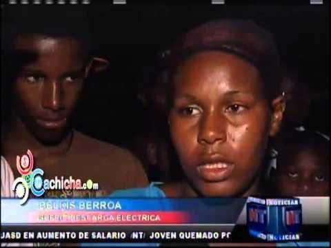 Alto voltaje mata una mujer en sabana perdida #Video - Cachicha.com