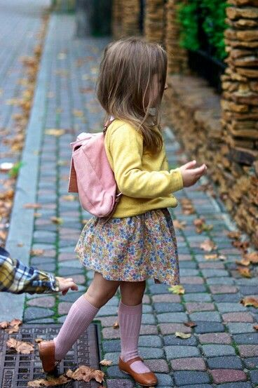 Back to school Fall fashion for kindergartner or first grader. Very classic retro vibe with the knee high socks and Mary Jane loafers   G;)