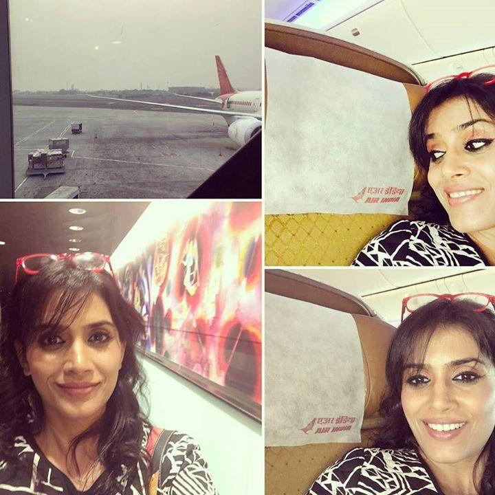 #APITConnect - Air India!  Best menu pampering hospitality enough leg room good rest & some writing..lovely Indian classical music on arrival..Wah!! #airindia #delhi #mumbai #lategram #airport #flightback by Sonali Kulkarni http://bit.ly/1TSsMxl