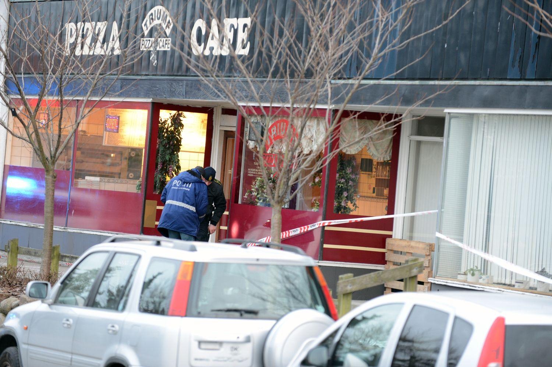 SKUDDRAMA. Der blev i går skudt fire gange mod en 17-årig, der netop havde forladt dette pizzeria i Bagsværd. - Foto: MEYER KENNETH