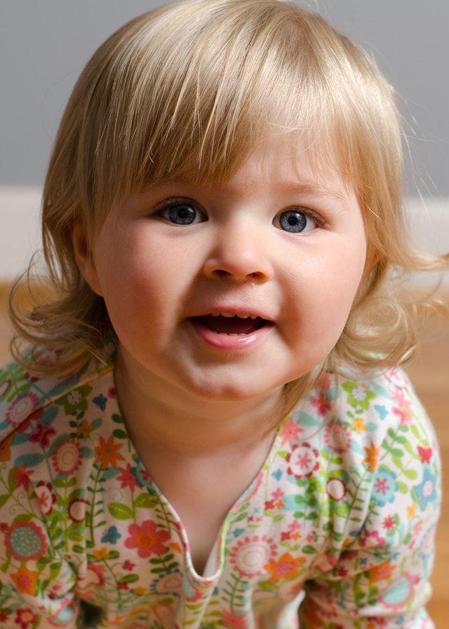 Hey! - Portrait of my daughter