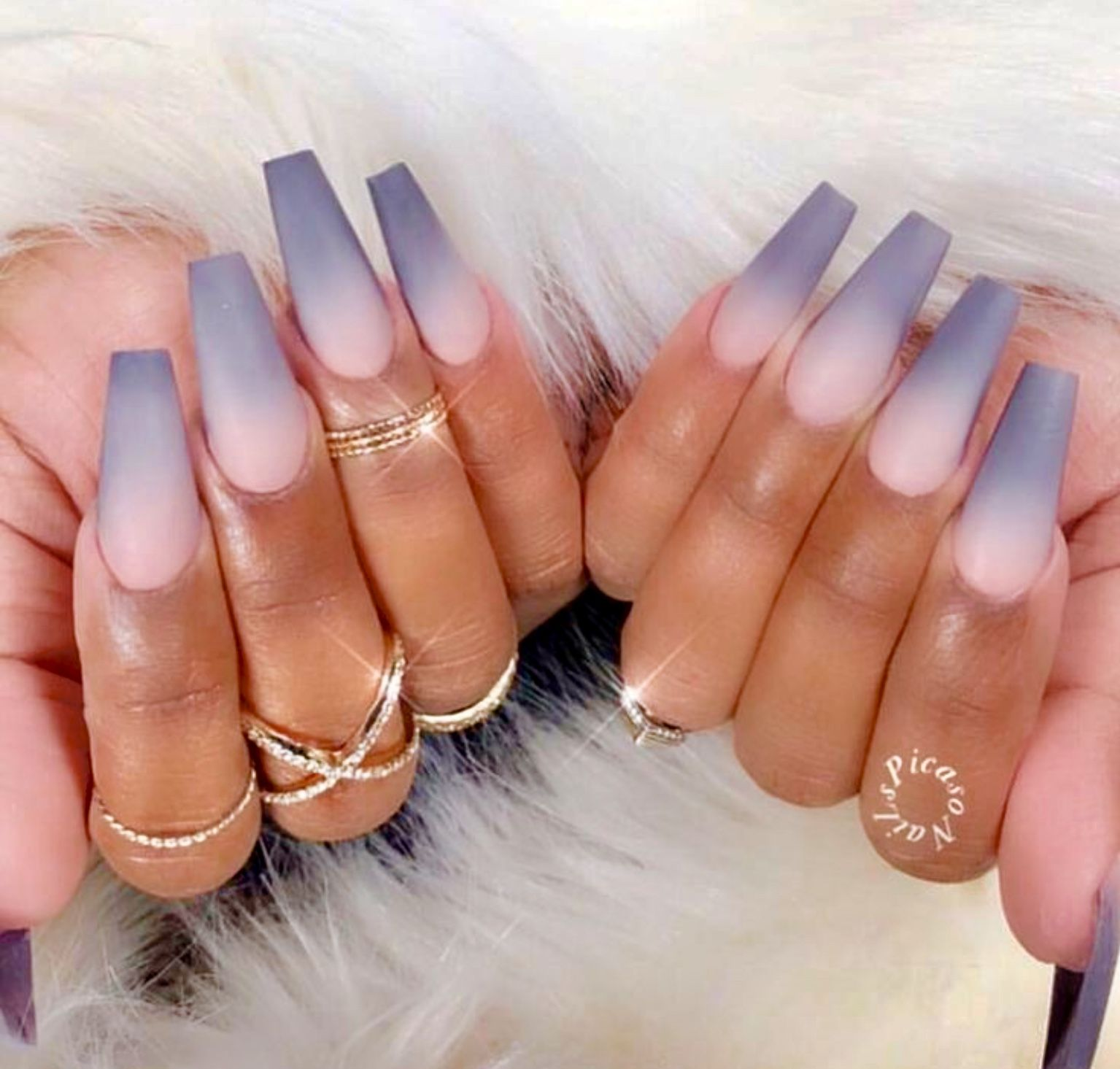 Pin By Yasmin Almeida On Swag Nails In 2020 Ombre Acrylic Nails Claw Nails Ombre Nail Designs