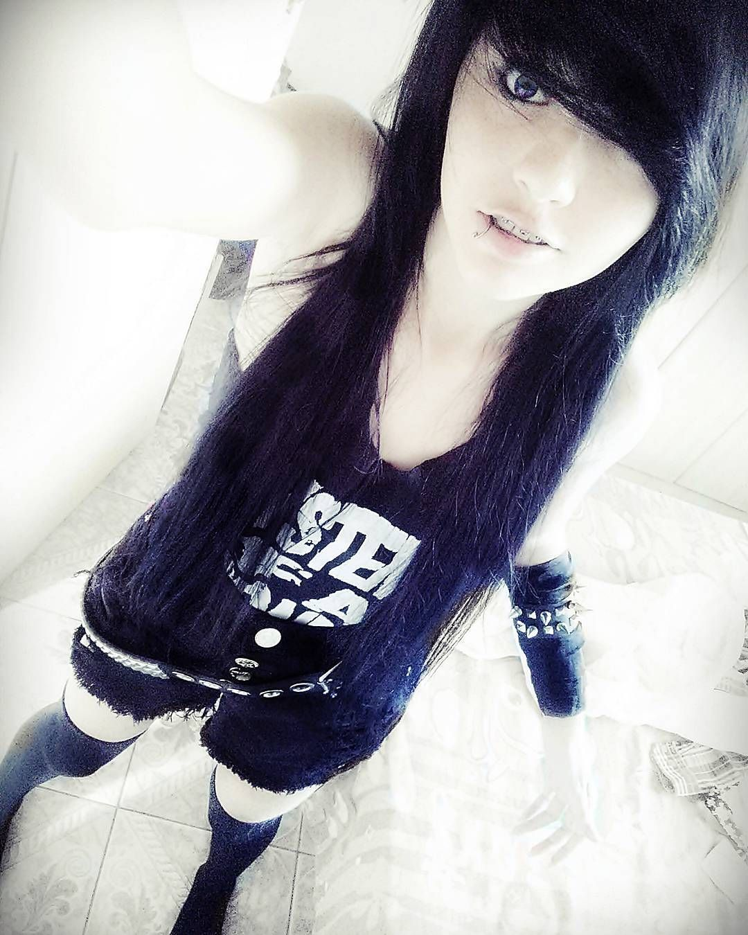 Geehsouuza alternative emo scenegirl hair black cute emo