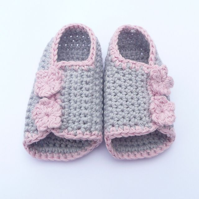 Ravelry: Button up Baby Peeptoe Sandals pattern by Katy Farrell