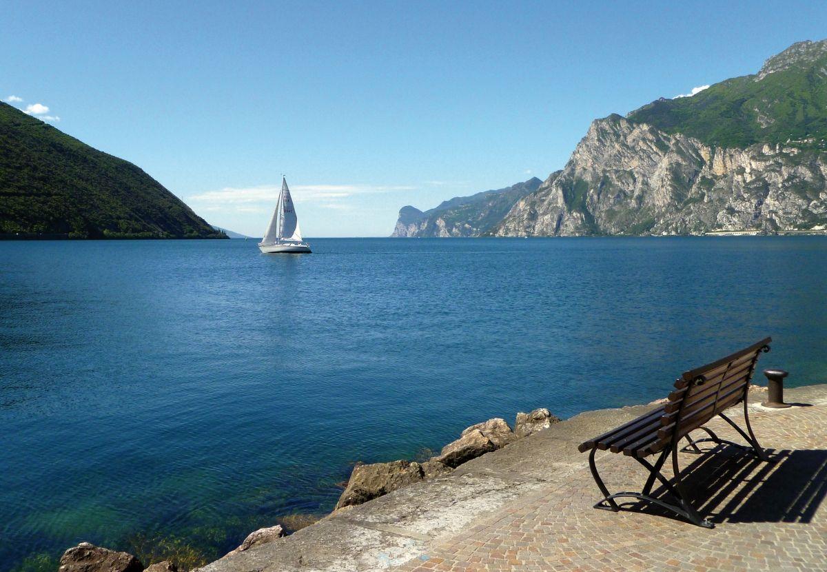 meren italie google zoeken muur pinterest