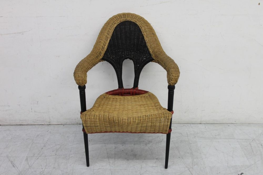 Borek Sipek Stoel : Borek sipek sculptured rattan chair natural colour with black