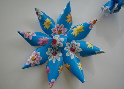 Flowers Out Of Wrapping Paper Crafts How To Make Paper