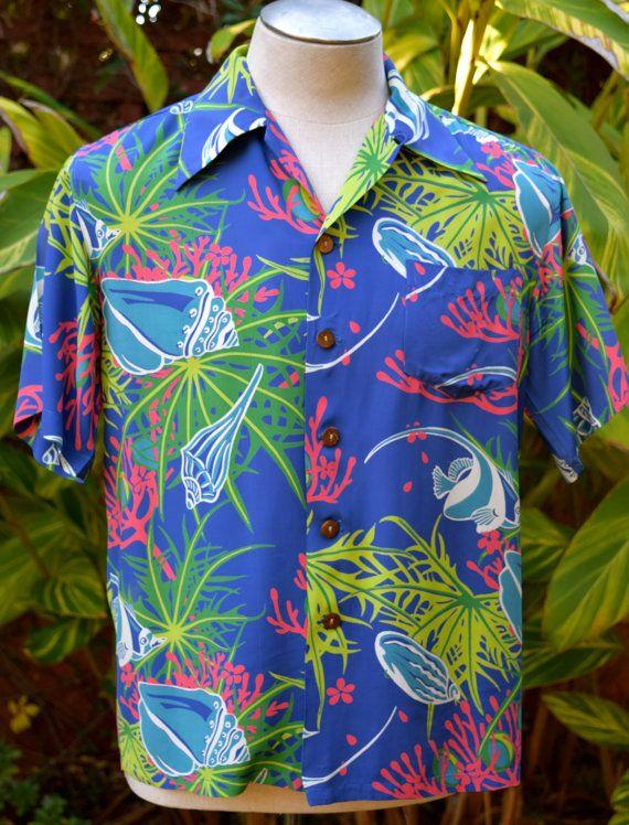 915dc55c7 40s / 50s Blue Aquatic Angel Fish Selvedge Paradise Print Rayon Kamehameha  Aloha /Hawaiian Shirt Medium