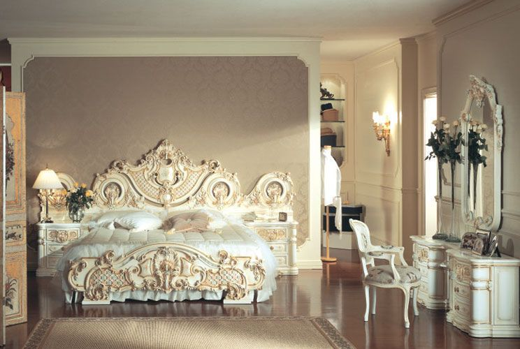 french decadent bedroom  Very elaborate and fussy  I really like the  matching. french decadent bedroom  Very elaborate and fussy  I really like