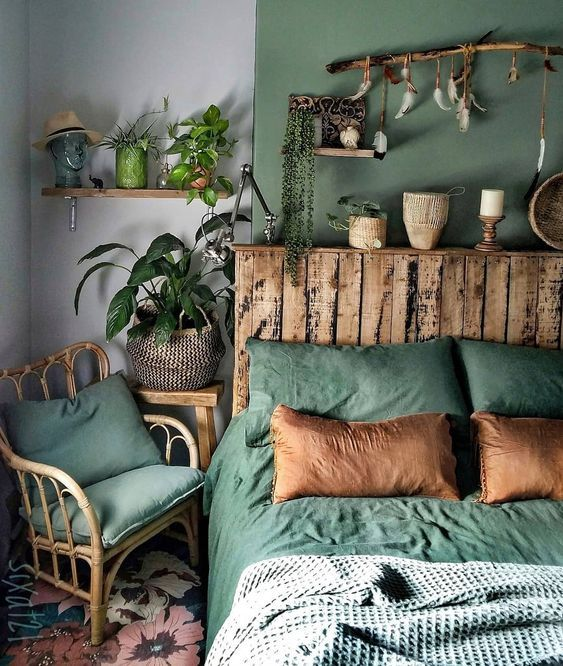 47 CLASSIC BEDROOM DECORATION DESIGN AND IDEAS THAT MAKE PEOPLE FEEL WARM - Page 32 of 47 images