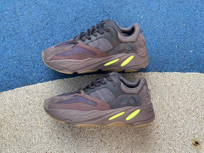 a07b65914 adidas yeezy boost 700 mauve on feet release date price for sale ee9614  detail pic -