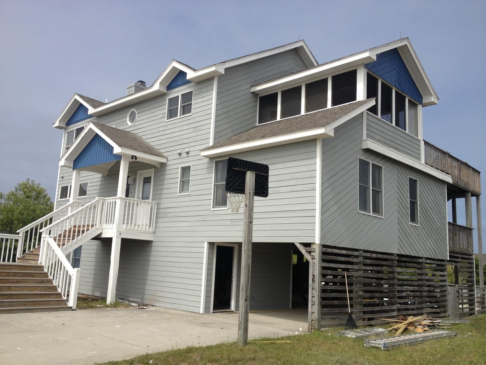 Hip Nautic 6 Bedroom House For Rent In Corolla Nc Renting A