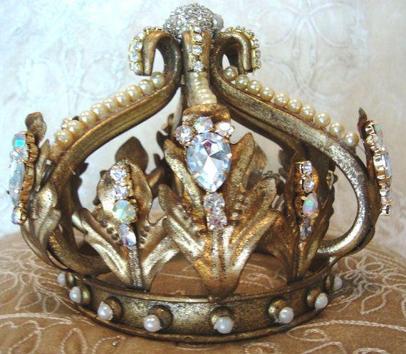 Pin By Karen Crawn On Home Decor: Large Metal Ornate Santos Crown Statue Ornamentation