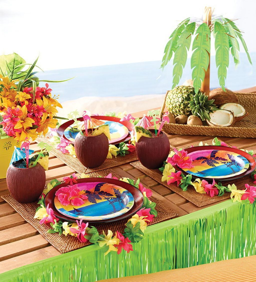 hawaiian-luau-party-table-decoration-with-chic-serving ...