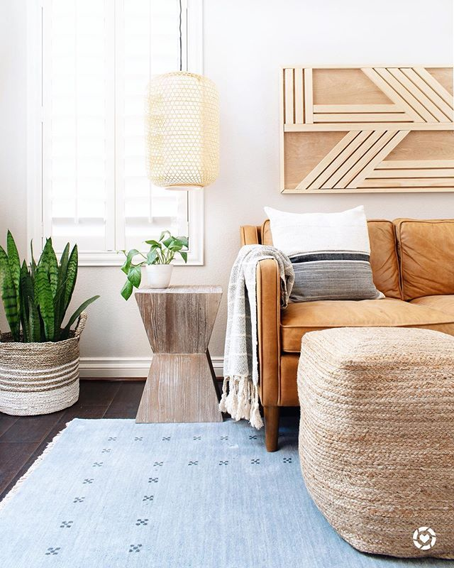 Accent Wall With Batten And Slidinf Door: How To DIY A Board And Batten Wall: Dos And Don'ts