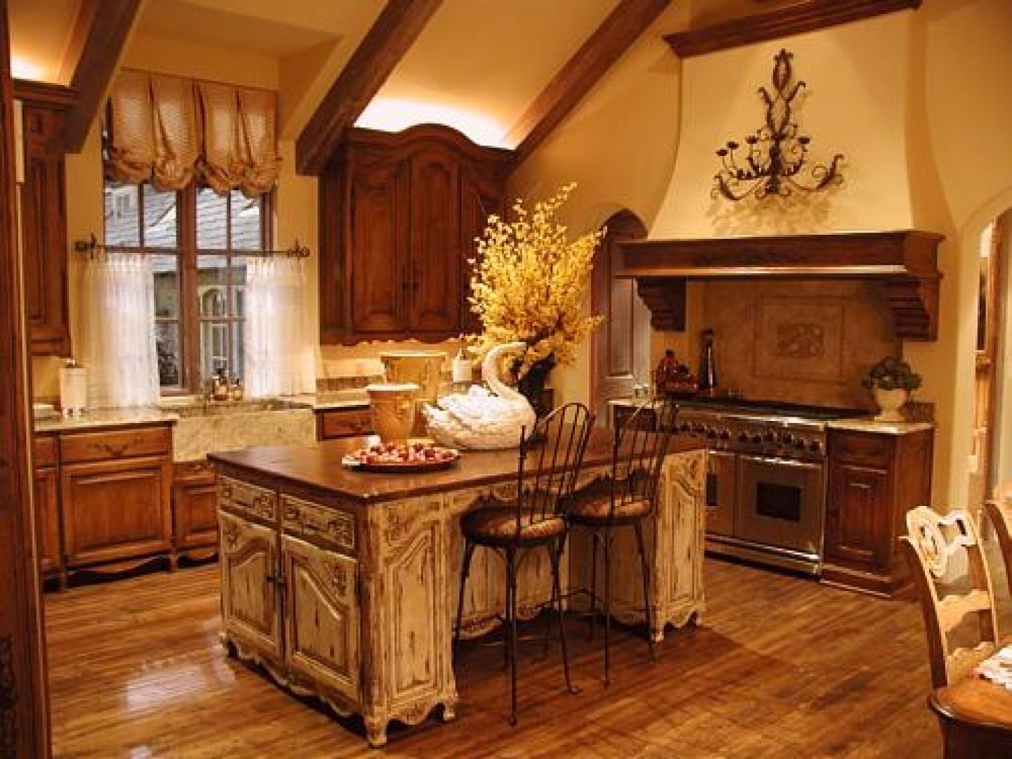 Country Wallpaper Borders First Wallpaper Border Country Wallpaper Borders French Country Decorating Kitchen French Country Kitchens Country Kitchen Designs