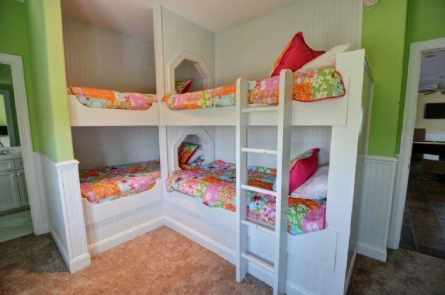 Bunk Room Quad Bunks In A Corner Bunk Room Boys Bedrooms Cool