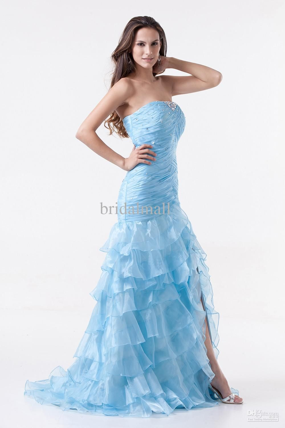 Blue wavy prom dress | looks good | Pinterest | Prom