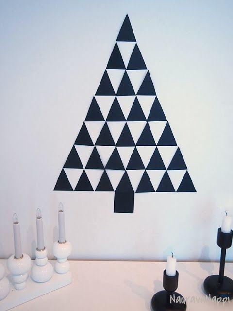 DIY Christmas tree made of carton