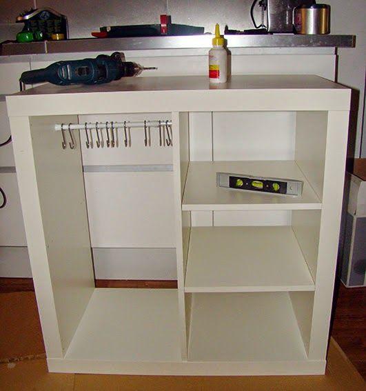 Un armario auxiliar para guardar los bolsos con expedit - Muebles para almacenar ...