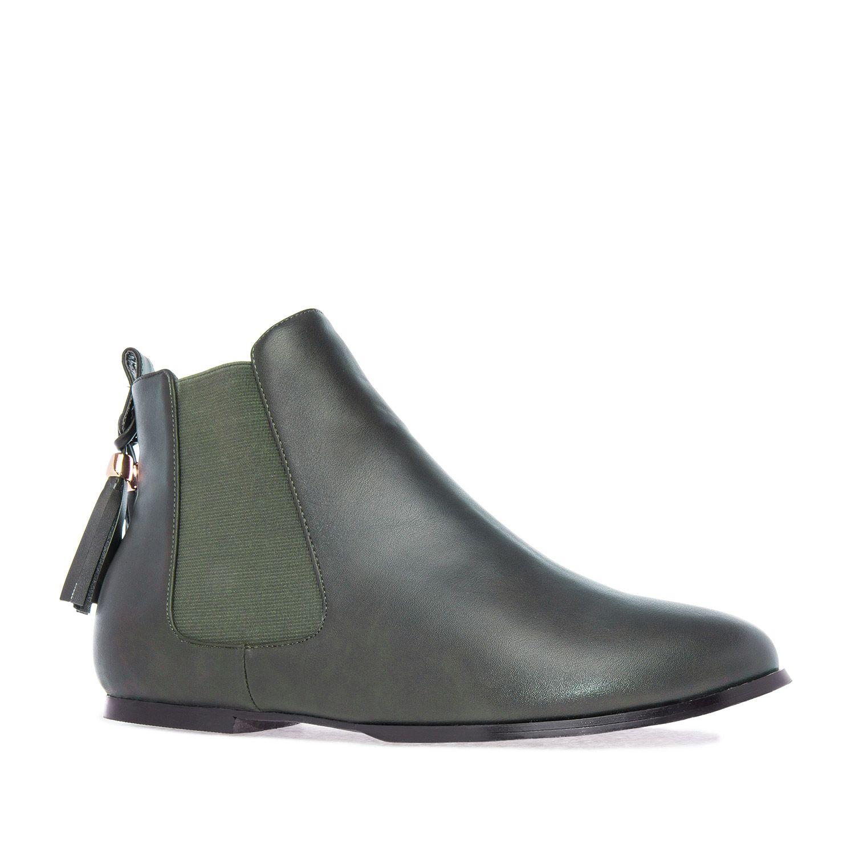 Botin Chelsea En Soft Verde Con Elasticos Laterales Y Doble Borla Al Tono Con Zapatos Botines Chelsea