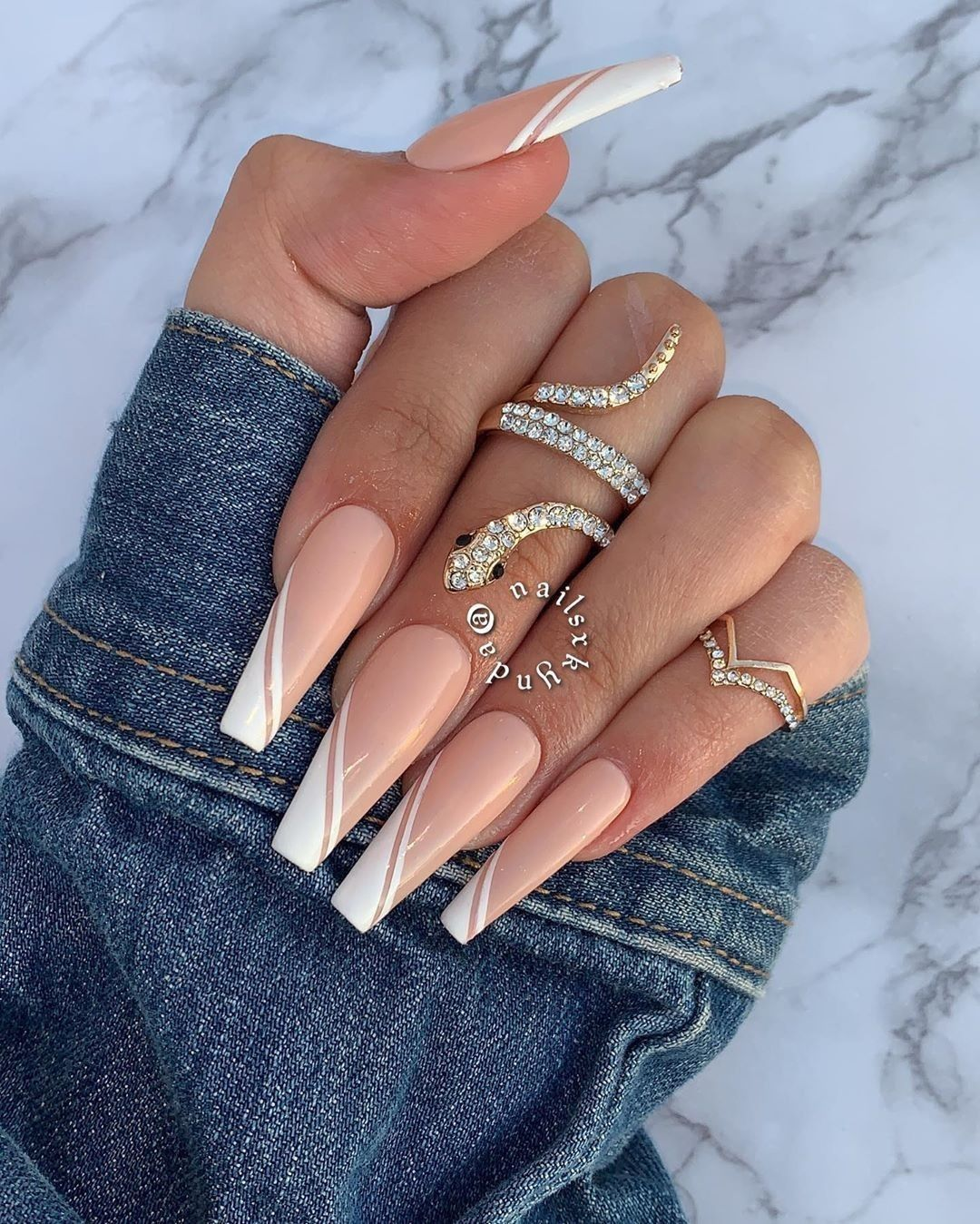 Follow Me Keandrakirkland For More Content In 2020 White Tip Acrylic Nails Long Acrylic Nails White Tip Nails