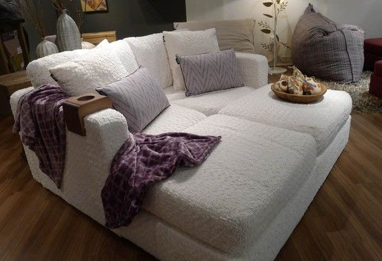 Exceptionnel 6s Eskimo Phur Movie Lounger, With Amira Ikat Tweed Pillows, And A Moroccan  Brushed Footsac #Lovesac