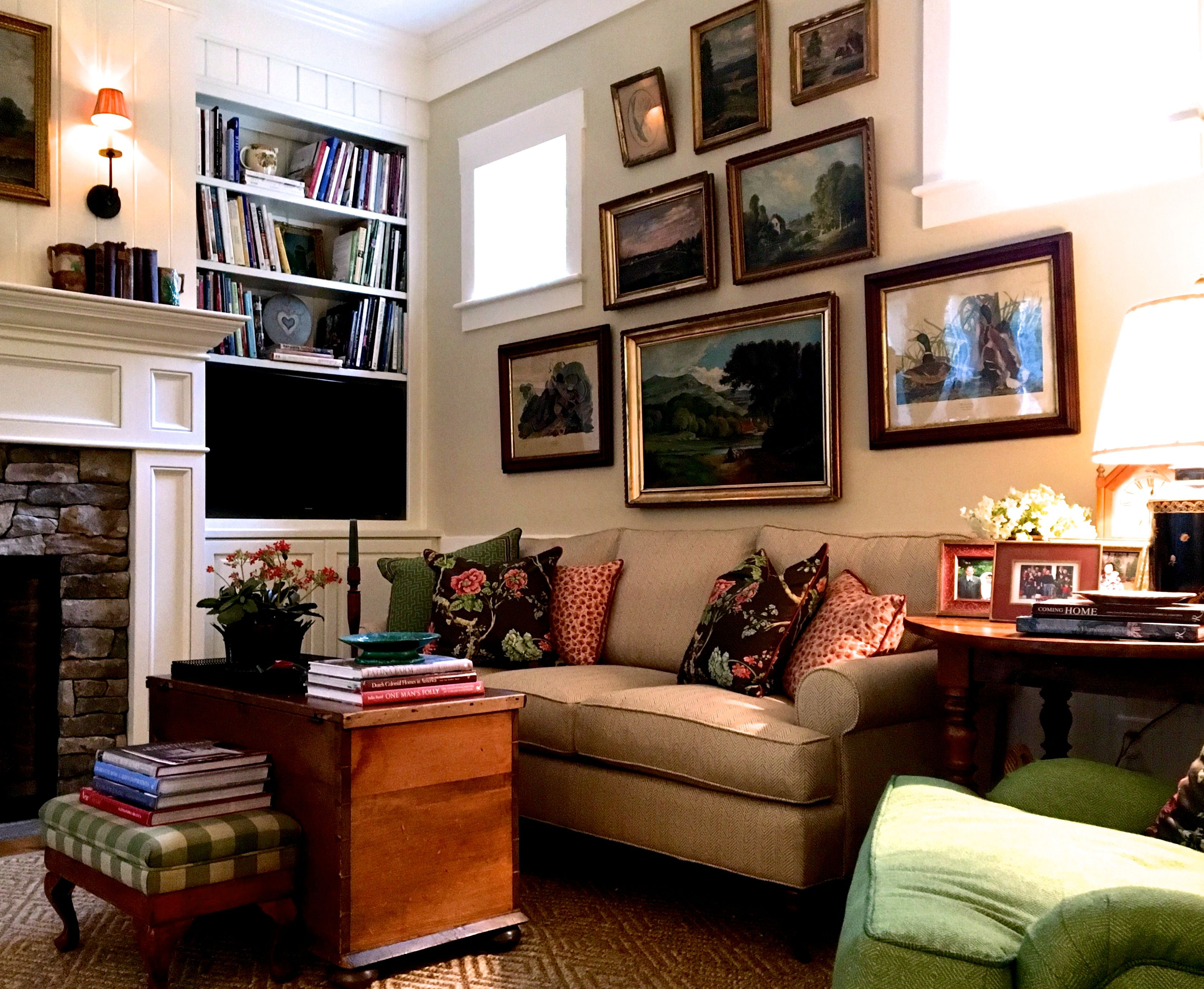 Karen Keysar's Comfortable Virginia Family Room