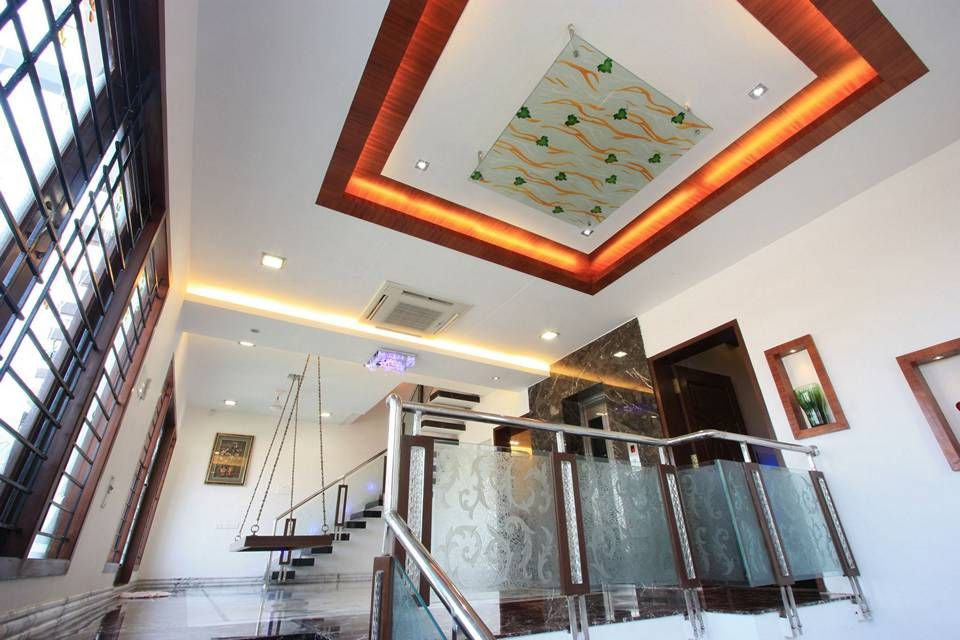 Best View Of Wooden And Glass False Ceiling In The Second Floor 400 x 300