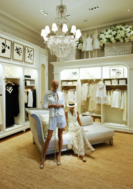 Store interior. The colors and mood sticking with white and gold theme. 4e7daf78b6b
