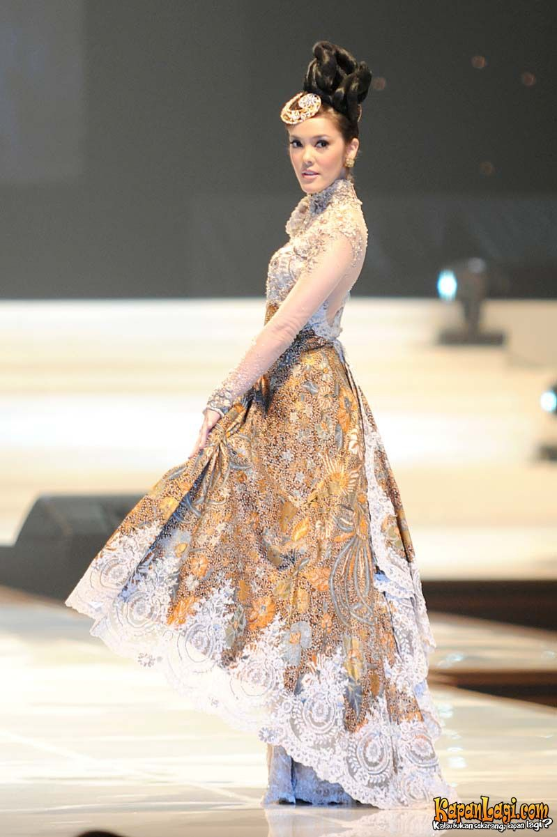 Kebaya could be easily turned into a lengha or a nice anarkali