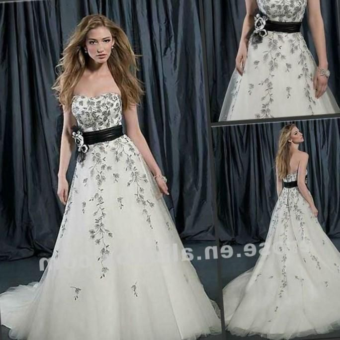 Black And White Wedding Dresses Plus Size Http Pluslook Eu