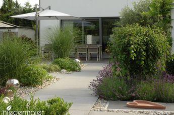 Photo of Repräsentativer Stadtgarten – Gartengestaltung – Niedermaier Gärten & Freiräume GmbH, – Balkon Garten 100