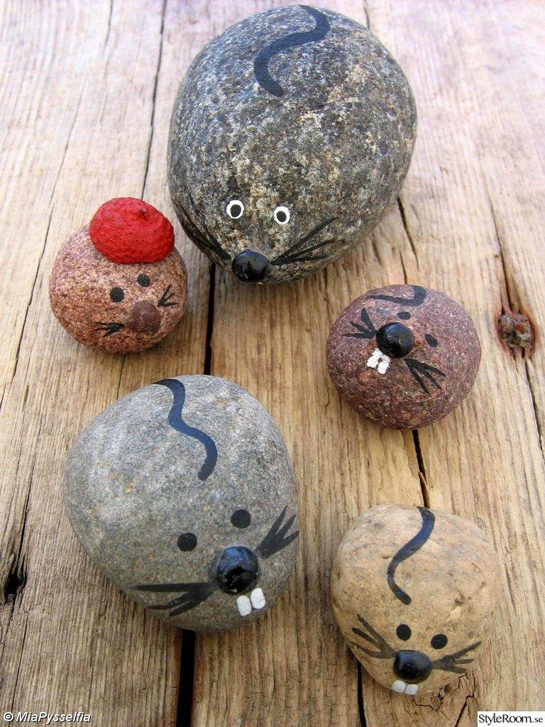 stein natur steine bemalte steine die natur findet maus m use korrigieren ratten. Black Bedroom Furniture Sets. Home Design Ideas