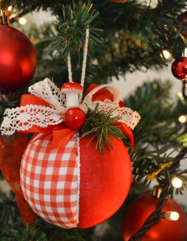 Come fare delle palline natalizie con la stoffa tutorial for Creare oggetti per la casa