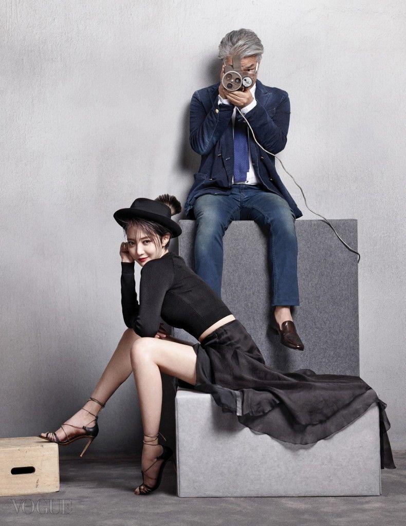 고준희의 검정 톱과 시폰 소재 롱스커트, 구두는 모두 랄프 로렌 컬렉션(Ralph Lauren Collection), 페도라는 샤넬(Chanel). 임상수 감독의 화이트 셔츠와 데님 팬츠, 넥타이는 모두 마시모 두띠(Massimo Dutti), 데님 재킷은 마뉴엘 리츠(Manuel Ritz), 브라운 로퍼는 엑시드슈즈(Exceed Shoes), 안경은 클릭클락(Clic Clac).
