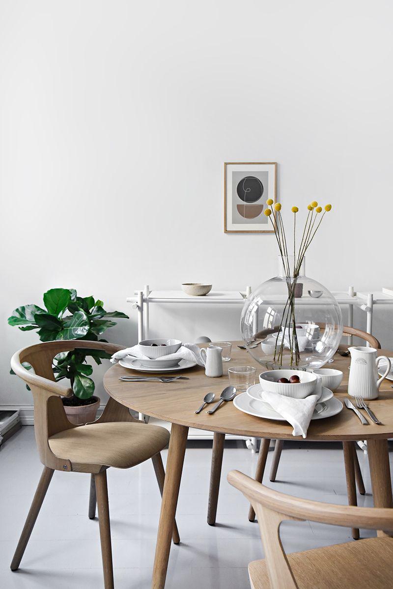 How To Set A Minimal Autumn Table With Pillivuyt Scandinavian Table Scandinavian Design Living Room Scandinavian Dining Table