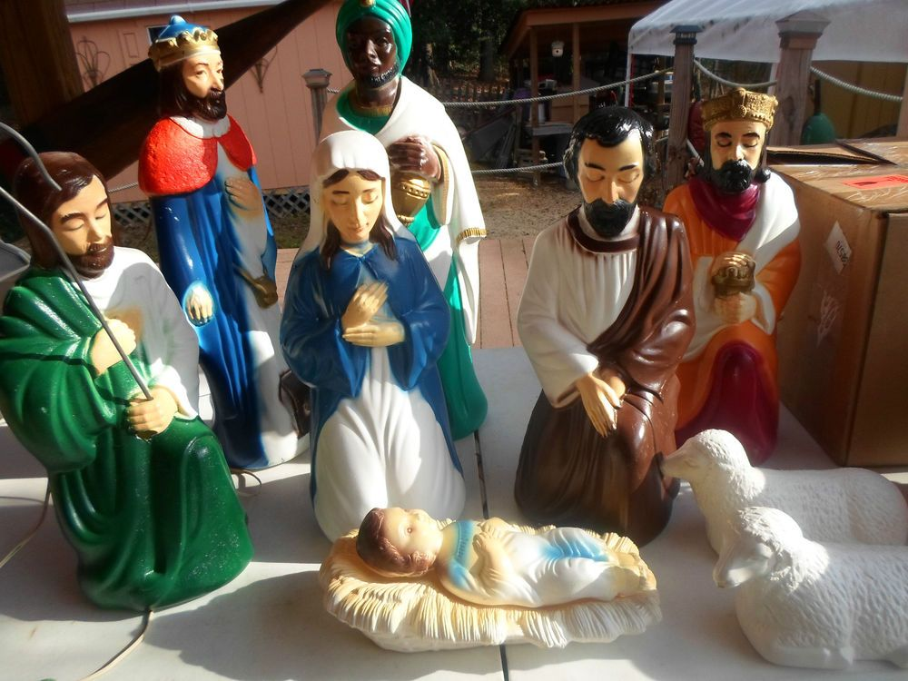 Vintage empire 10pc lighted blow mold nativity set 12 to 22 lighted blow mold nativity set 12 to workwithnaturefo