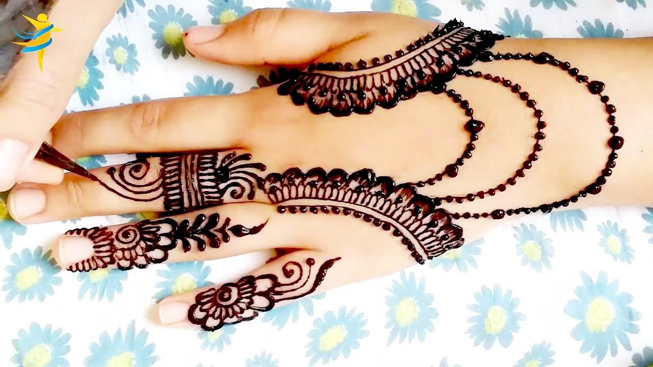 Nice Latest Mehndi Design For Hands Drawing With Henna 2020 نقش حناء Mehndi Designs Latest Mehndi Designs Latest Mehndi