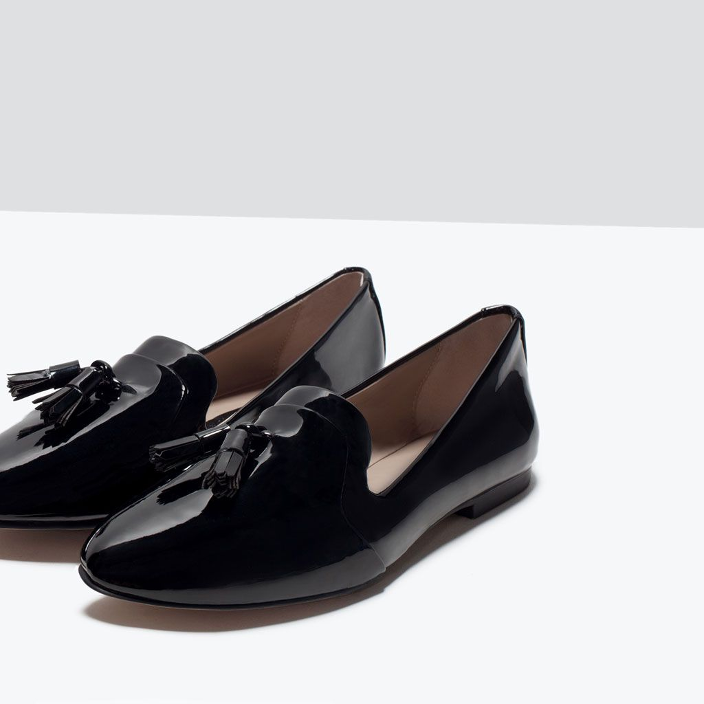 Imagen 7 de Zapato plano charol de Zara